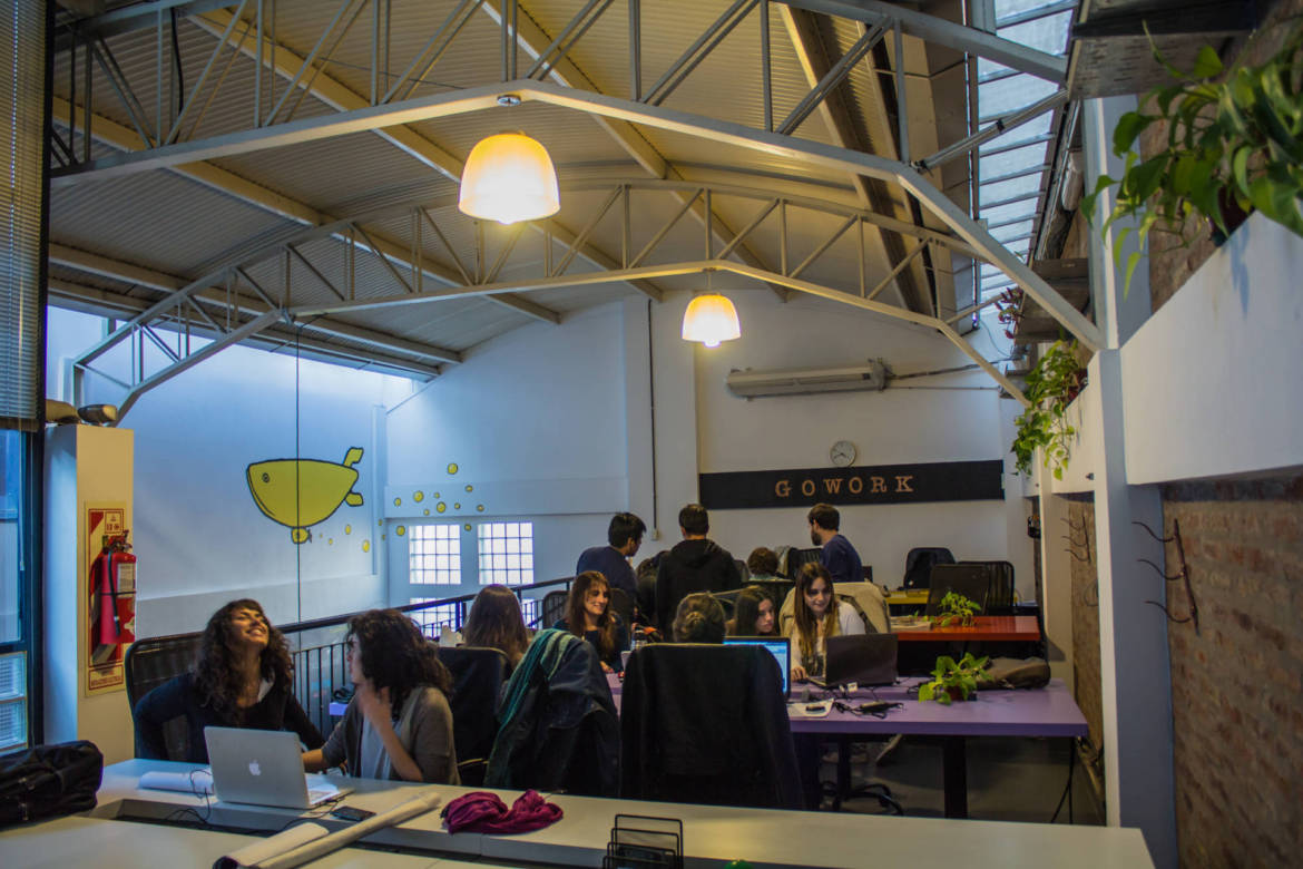 GOWORK-COWORKING-OPEN-SPACE2-e1488465716676.jpg